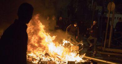Hamas looses 35 rocket blitz to back Palestinian anti-Jewish riots in Jerusalem